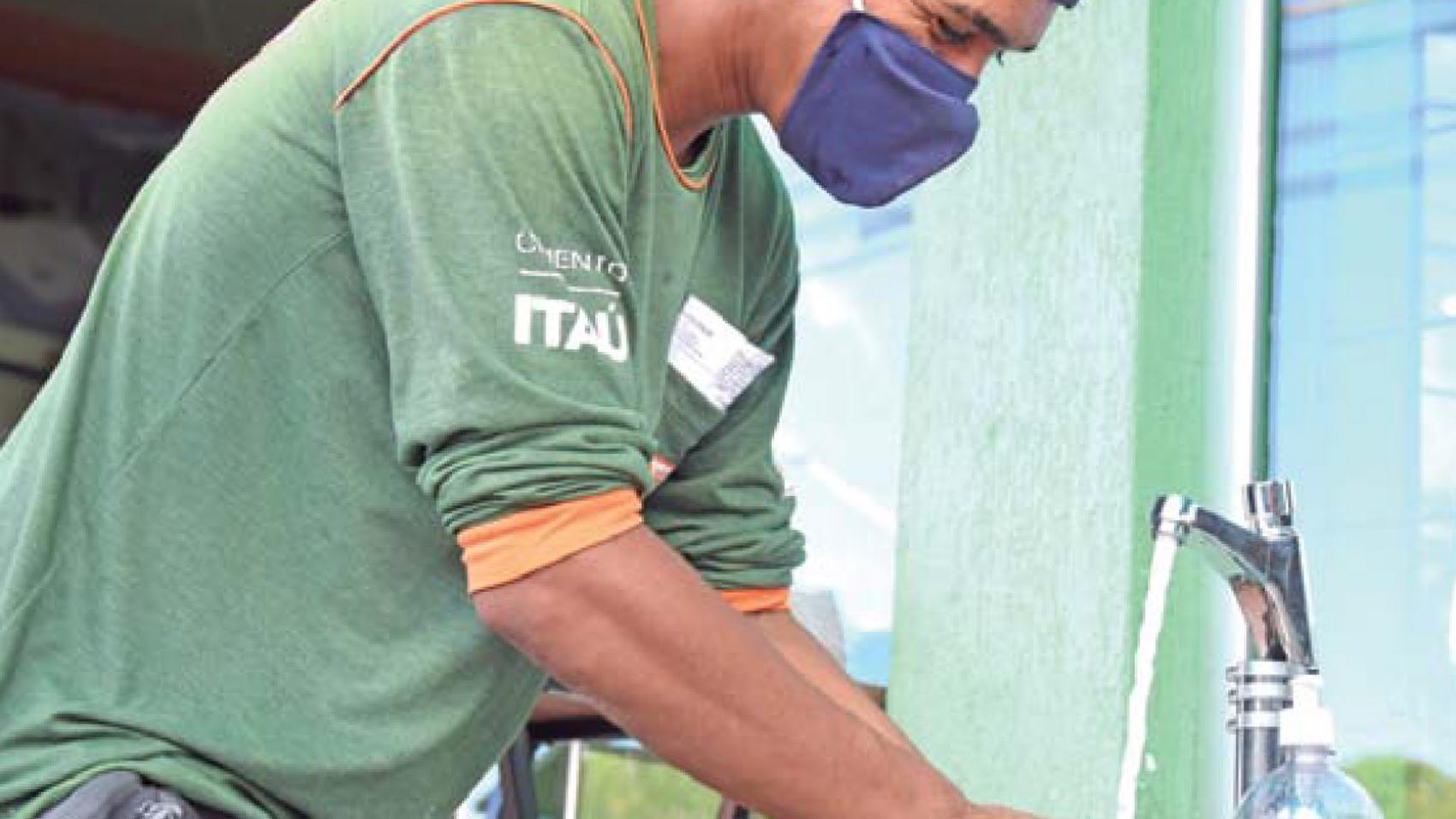Construção-trabalha-para-tornar-concreto-protocolo-de-higiene.2
